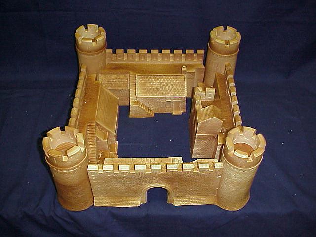 Hudson & Allen Studio's 25mm Scale Model Standard Castle for Tabletop ...